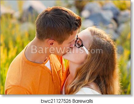 www romantic kiss