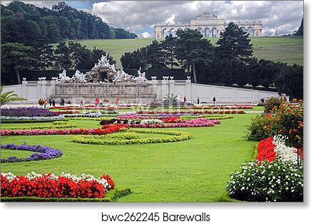 Beau Art Print Of Vienna Schrobrunn Garden