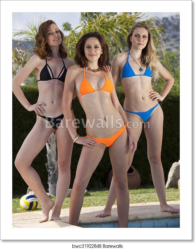 Bikini girls pics