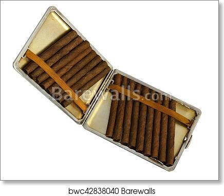 Antique Cigarette Case With Cigarillos