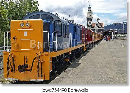 Art print POSTER Canvas Speeding train at a railroad crossing